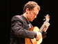Miquel Pérez Perelló, guitarra