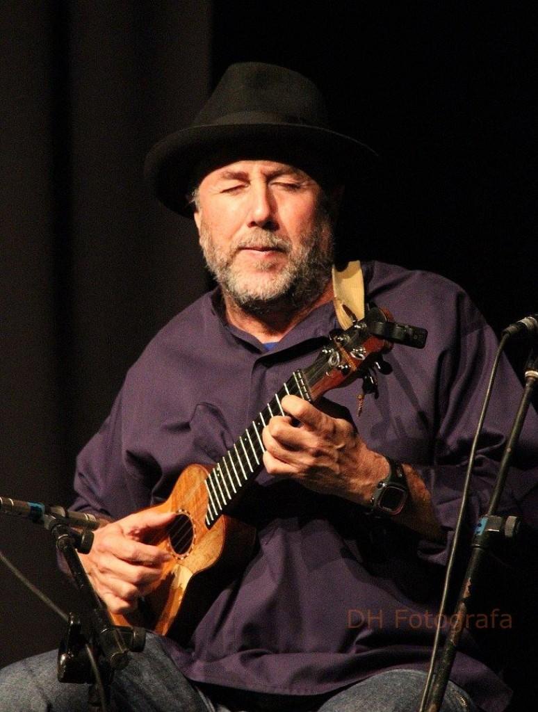 Domingo Luis Rodríguez Oramas, timple canario