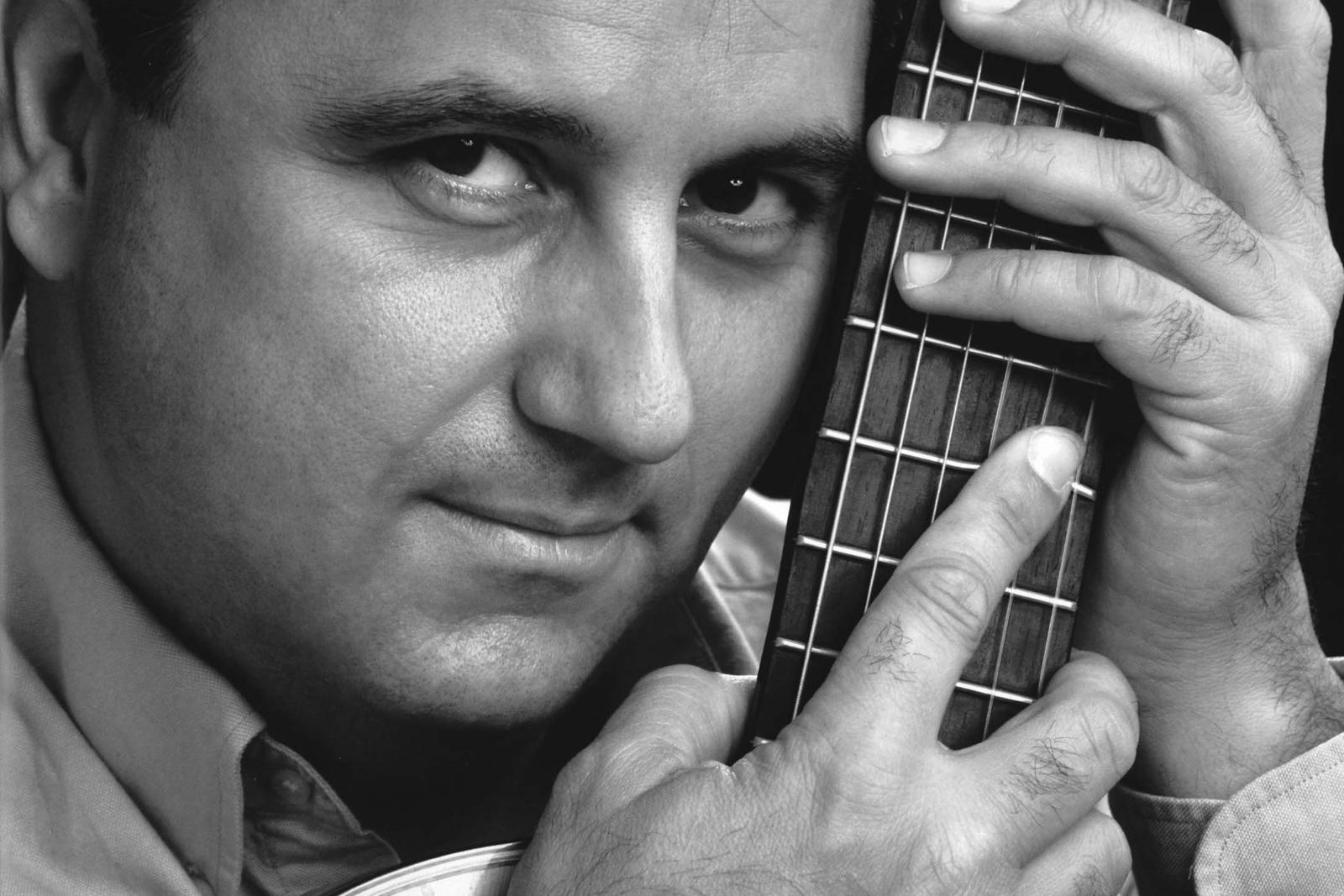 Javier García Moreno, guitarra