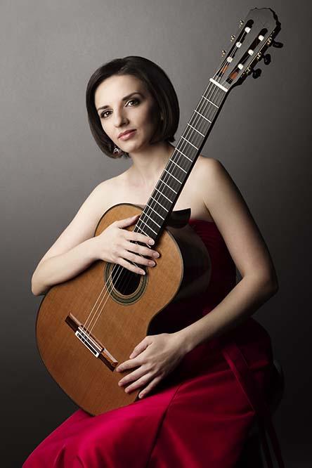 La guitarrista Miriam Rodríguez Brüllová