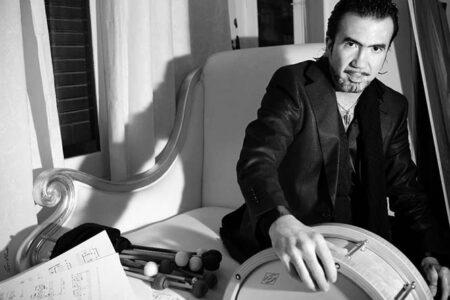 Miguel Ángel Orengo, percusión