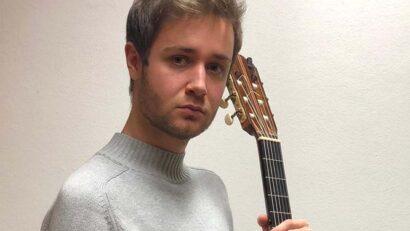 Stanislav Steshenko: guitarra